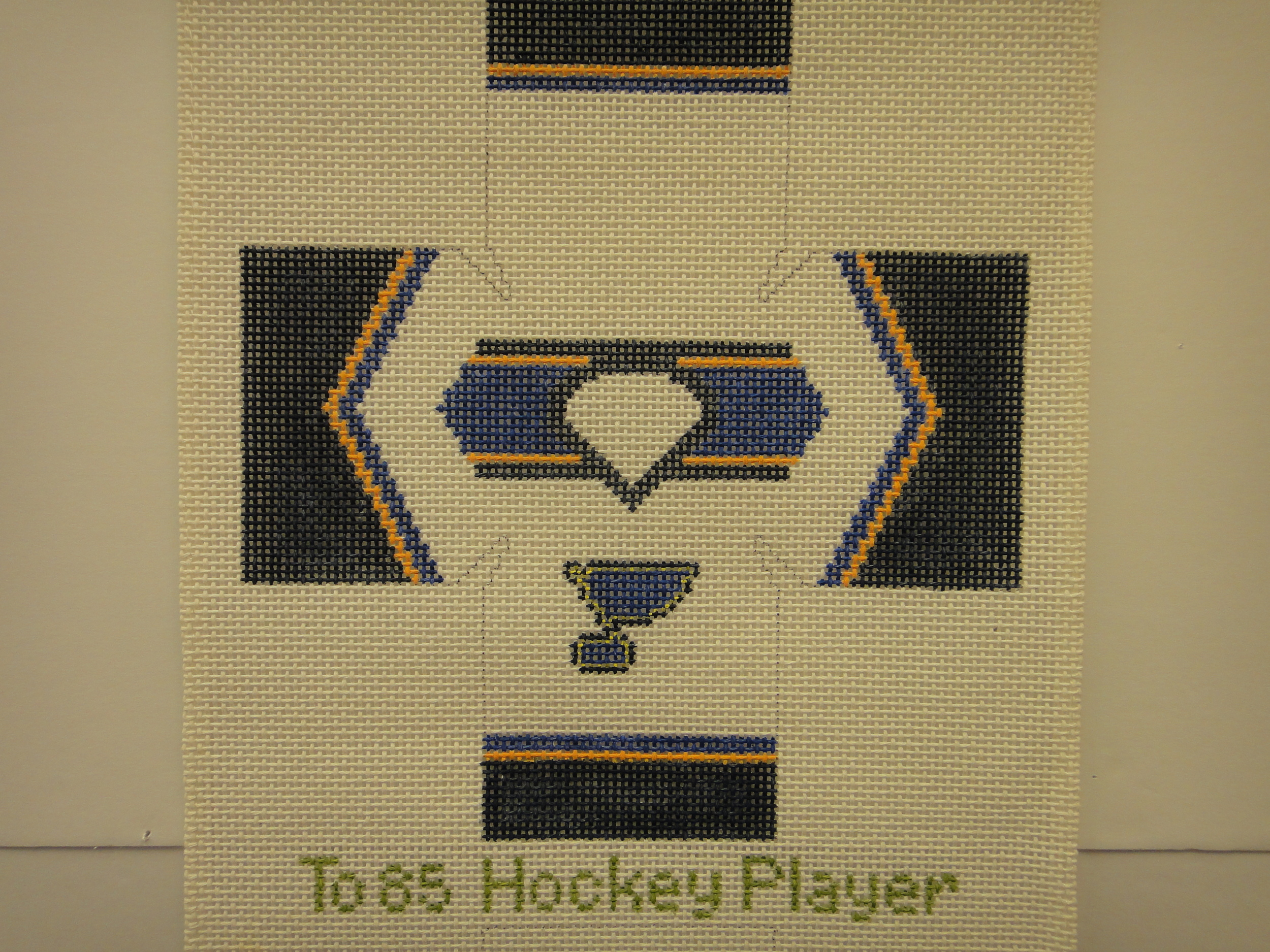 To85 Hockey Player