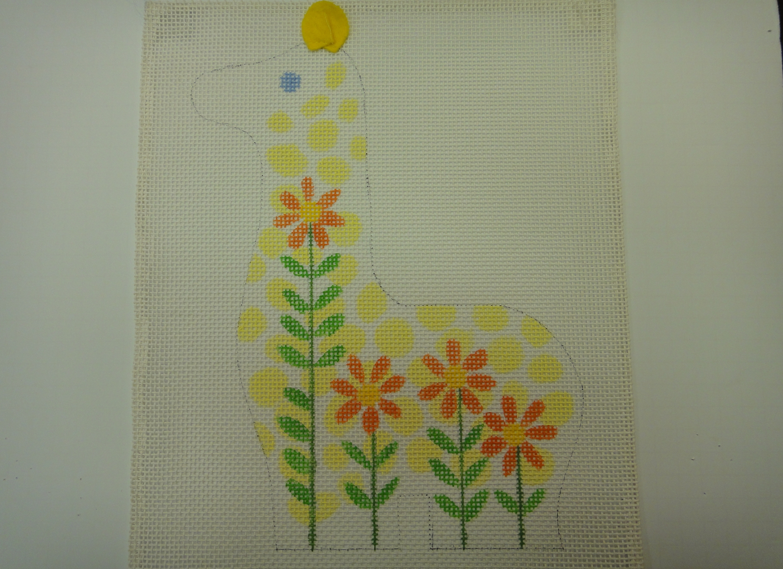 C13B Flowered Animals, Giraffe, 10 mesh (8x12)