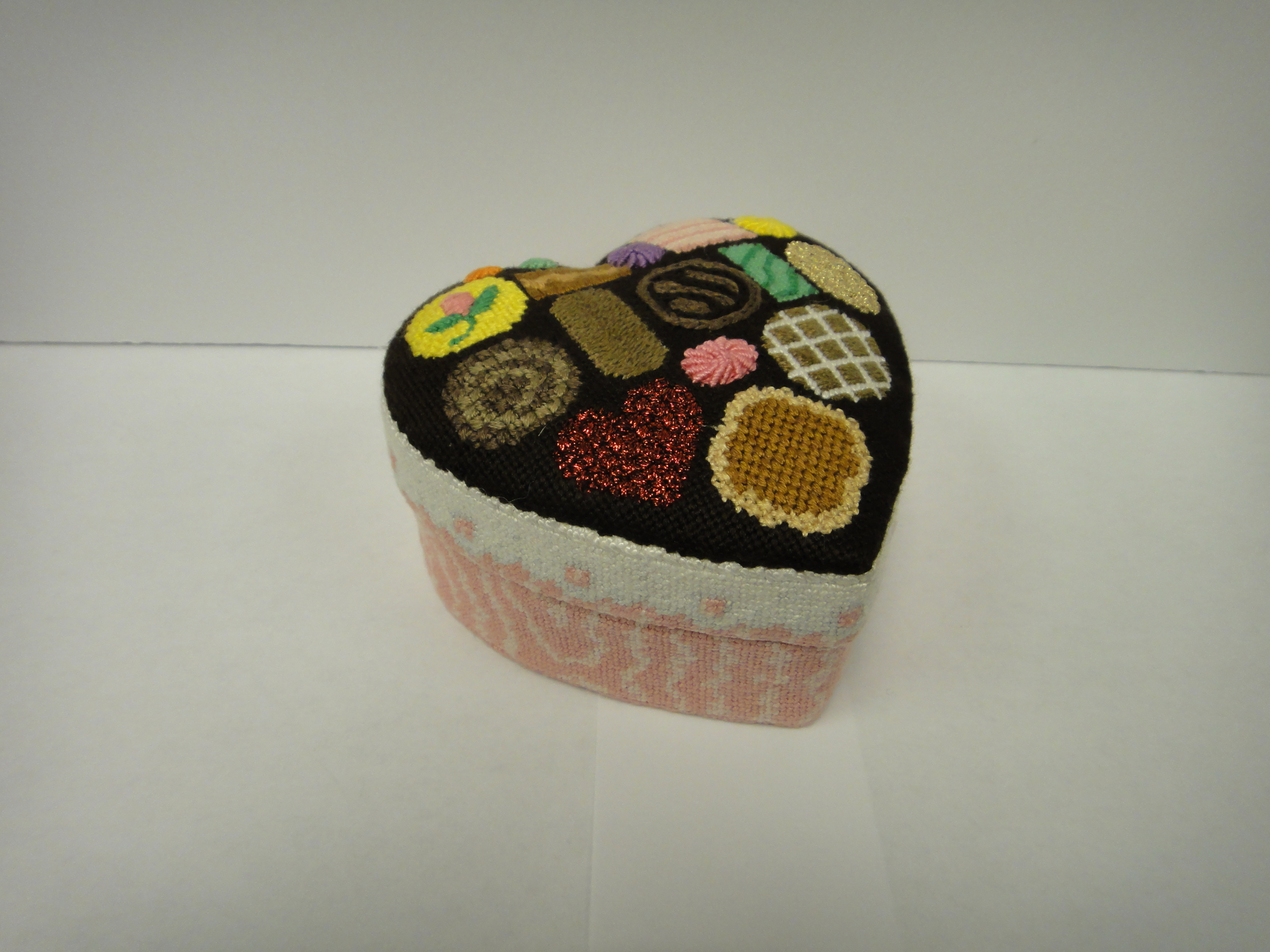 E$ Heart Candy Box