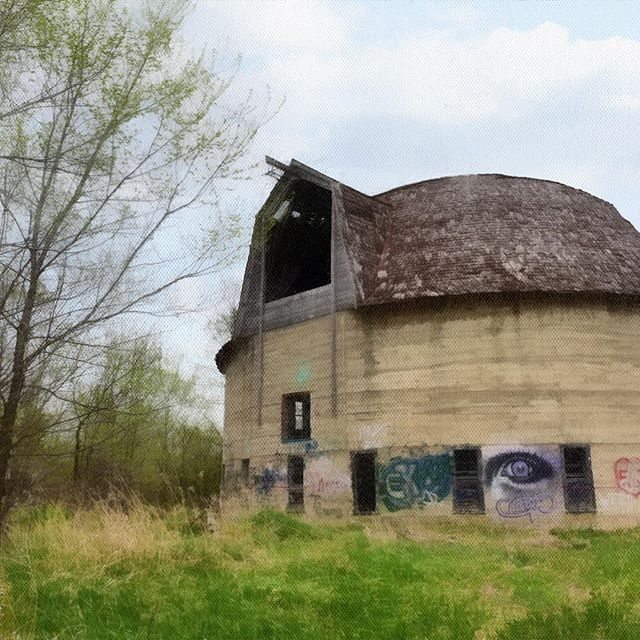 Fasen Poured Concrete Round Barn - this round barn has seen better days! #barn #roundbarn #concretebarn #imagesbylee #tincatstudio #abandonedplaces #graffiti #sartellmn #historicbarn #rural #urban #industrial #grunge #architecture #abandoned