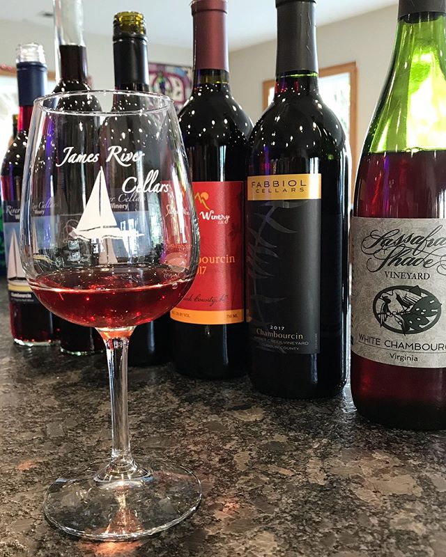 We are going #chambourcin crazy after tasting these wines! Join us on Sunday for our new Discover Series event - Champions of Chambourcin 🍷 You will never guess what foods we will be pairing with these wines.  Be sure to purchase your tickets in advance, on our website!  #jamesrivercellars #vawine #vawinemonth #drinklocal