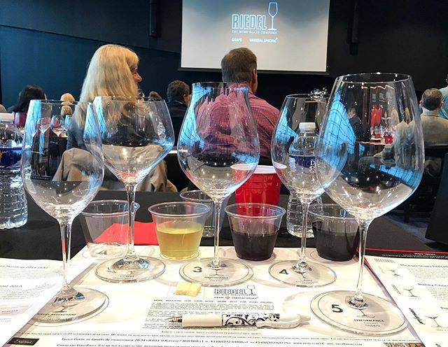 Thank you to @wineandbeersupply for hosting and inviting us to this amazing @riedelusa class! Having the right shape glass is very important when drinking your favorite wines. #jamesrivercellars #reidel #vawine #drinklocal #myreidel @maxiriedel