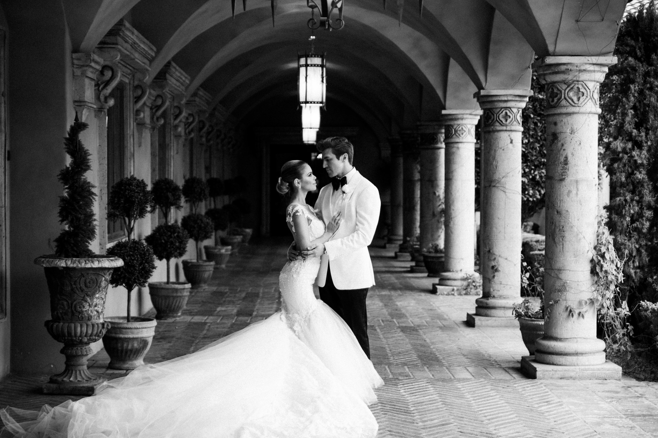 Villa Siena Phoenix Wedding Portrait