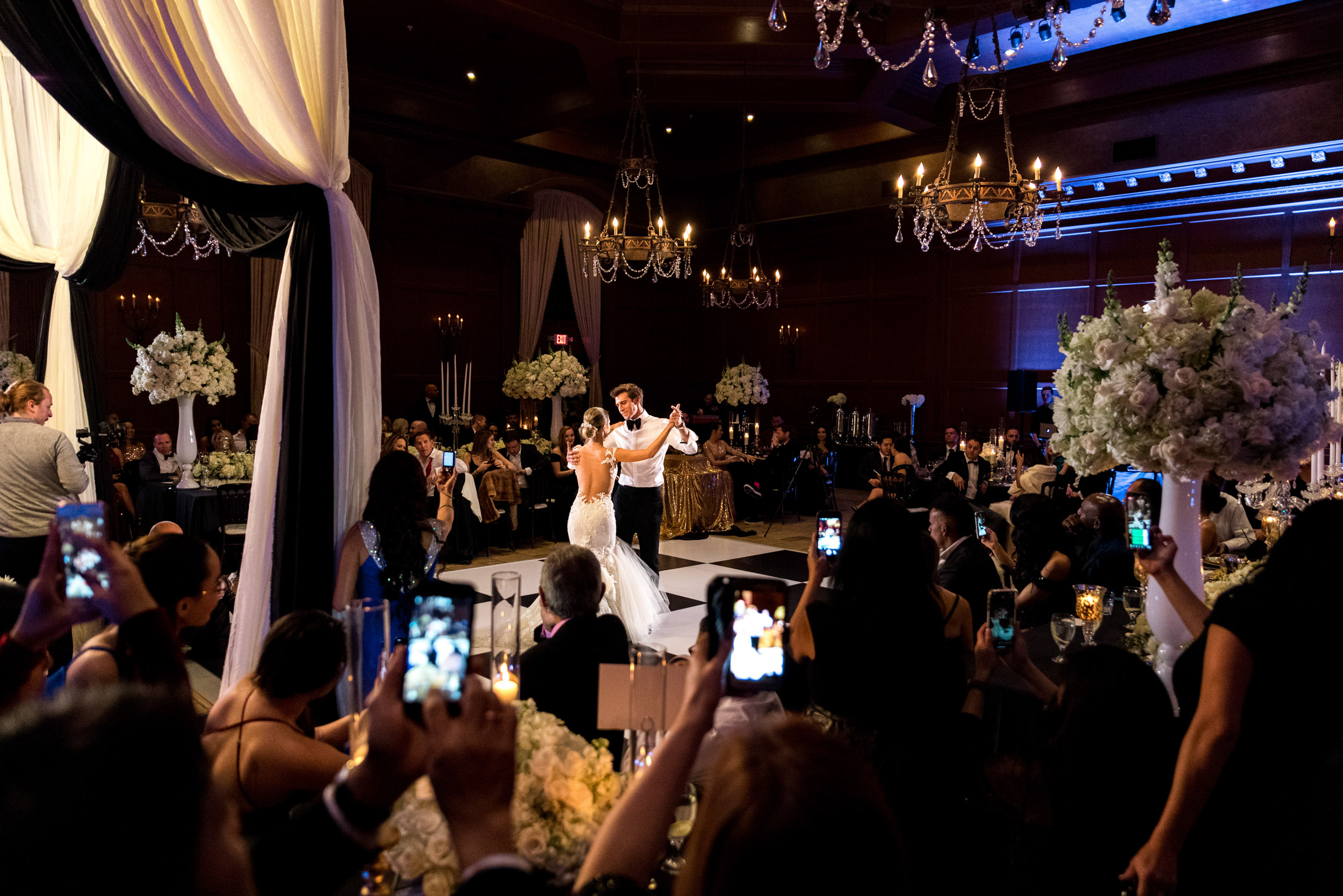 villa siena phoenix wedding first dance