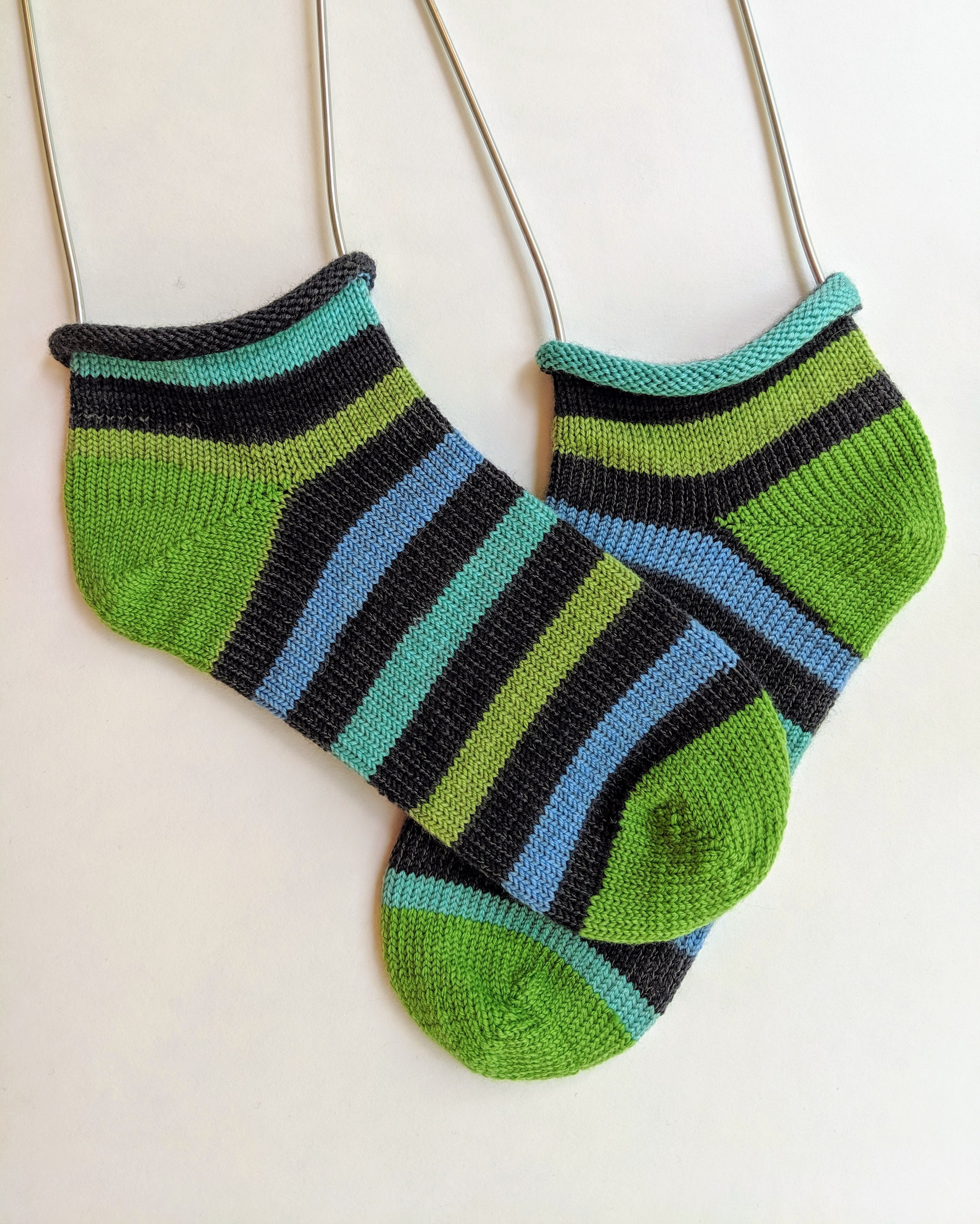 Roll top shortie socks; wool and nylon