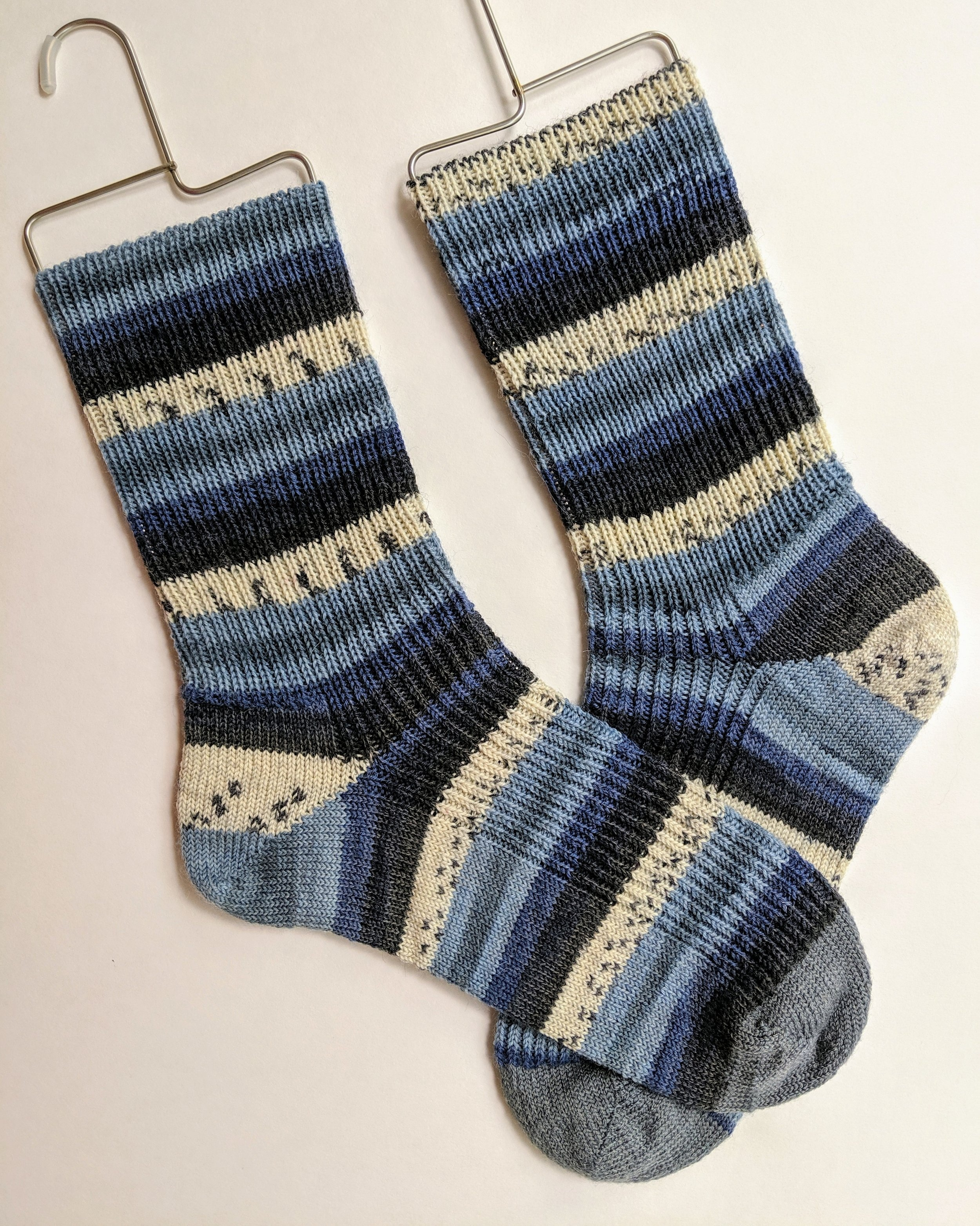 Men's ribbed socks; wool and nylon