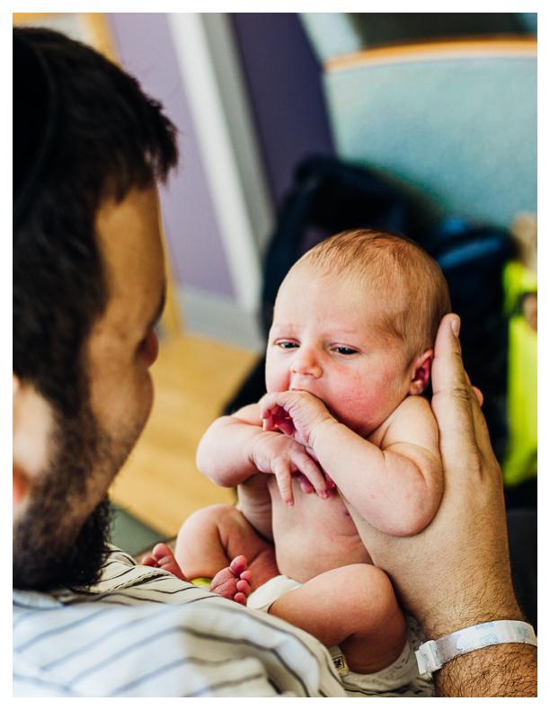 Milwaukee-newborn-photographer-fresh48-7.jpg