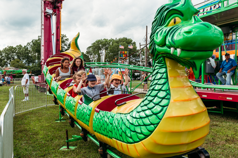 kenosha-county-fair-dragon-roller-coaster.jpg