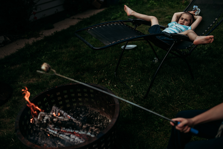 milwaukee-family-photographer-summer-at-home-8681.jpg