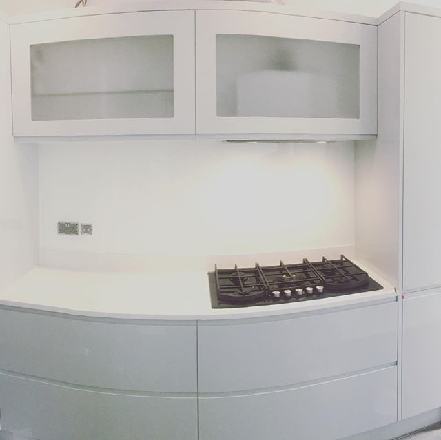White utility room Splashbacks 👌