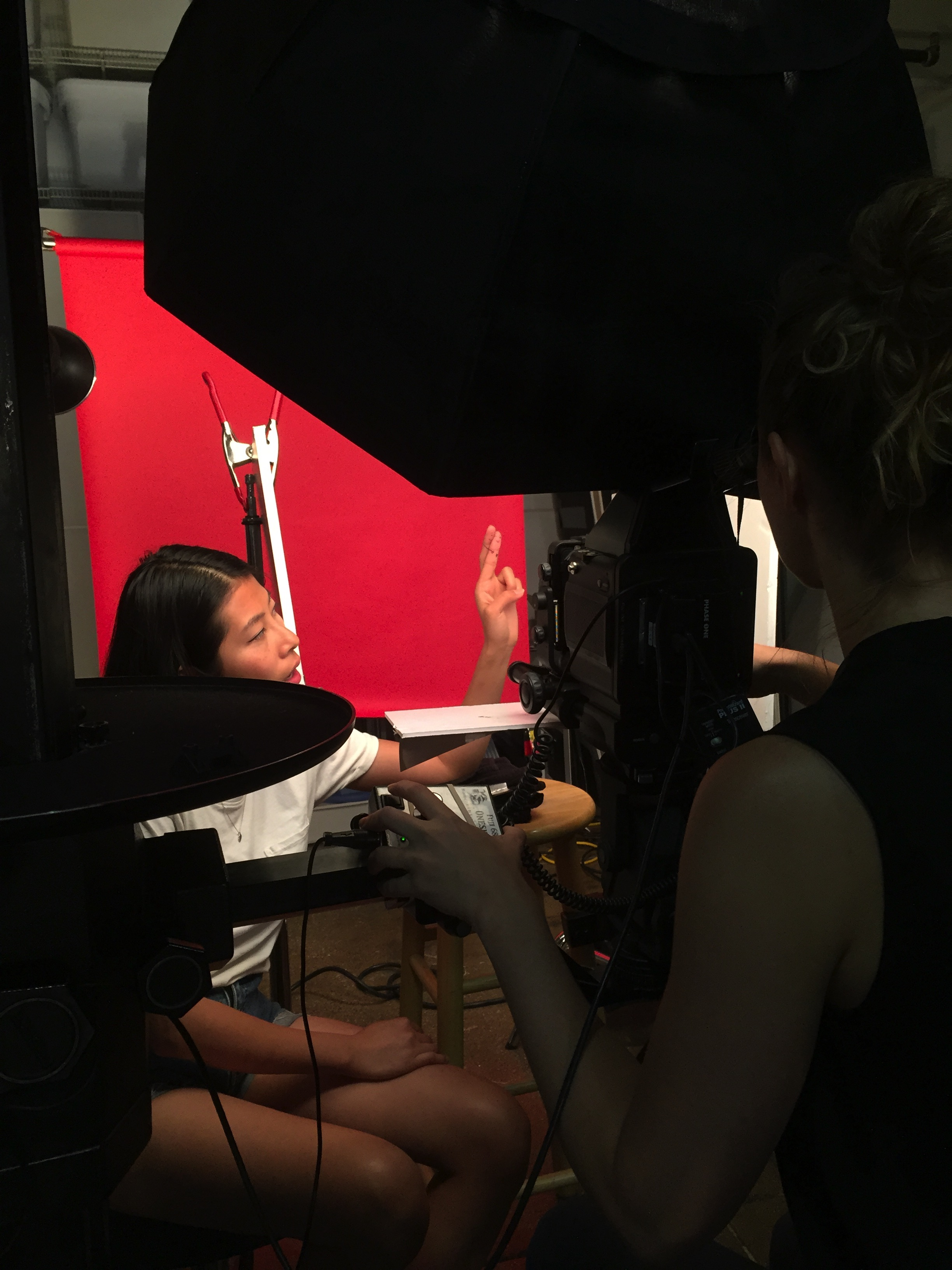 BEHIND THE SCENES OF THE PHOTO SHOOT WITH  CHRISTINE BLACKBURNE  :