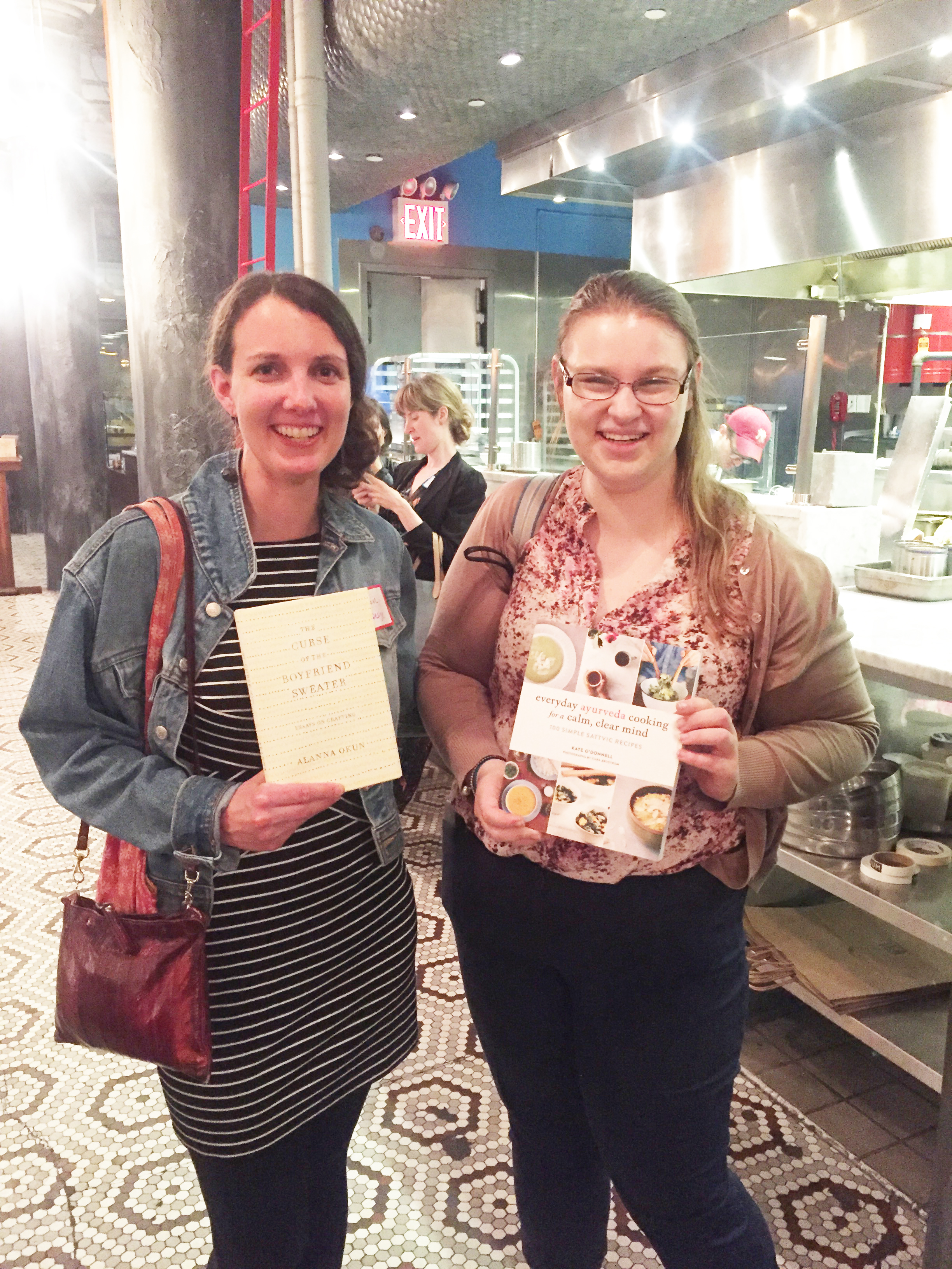 IMG_0283_she_designs_books_after_bookswap_cara_meets_kelly_29.jpg