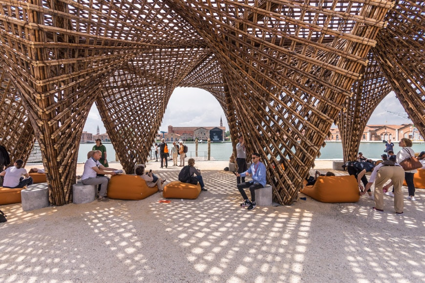 Vo-Trong-Nghia-Bamboo-Stalactite-pavilion-2018-Venice-Architecture-Biennale-Inexhibit-6.jpg