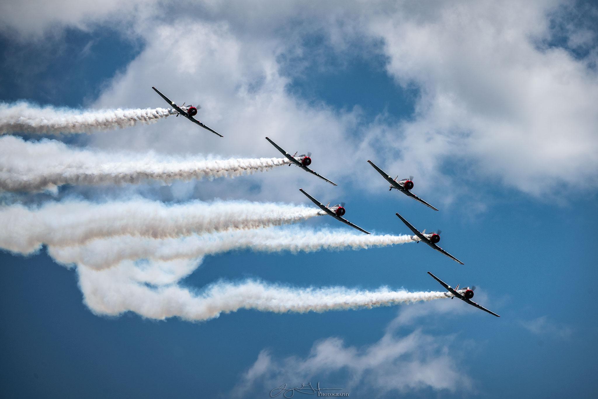 Geico-Planes-Formation.jpg