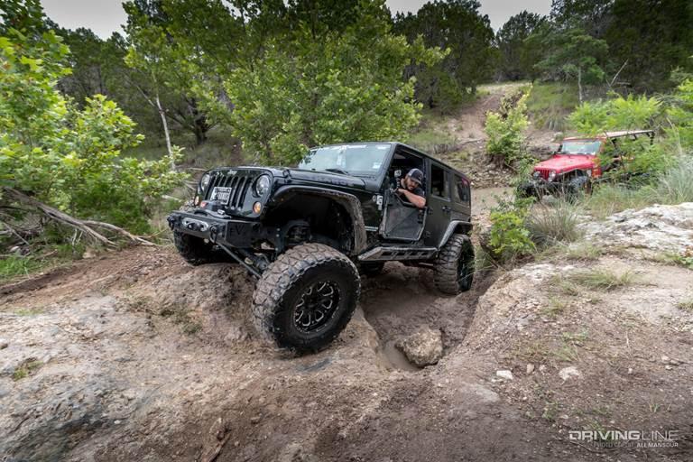 2014-jeep-wrangler-unlimited-black-mud-grapplers.jpg