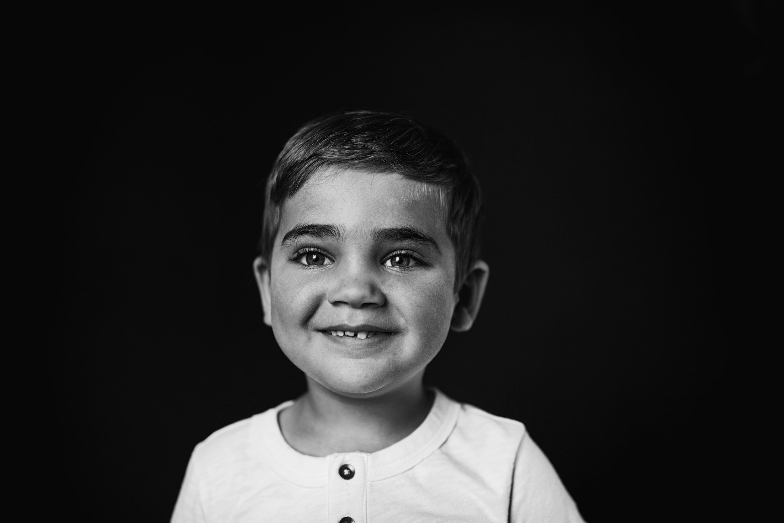 Preschool portrait photographer creates one of a kind images of students serving Richmond, Midlothian, Short Pump, Glenn Allen, and Mechanicsville schools.