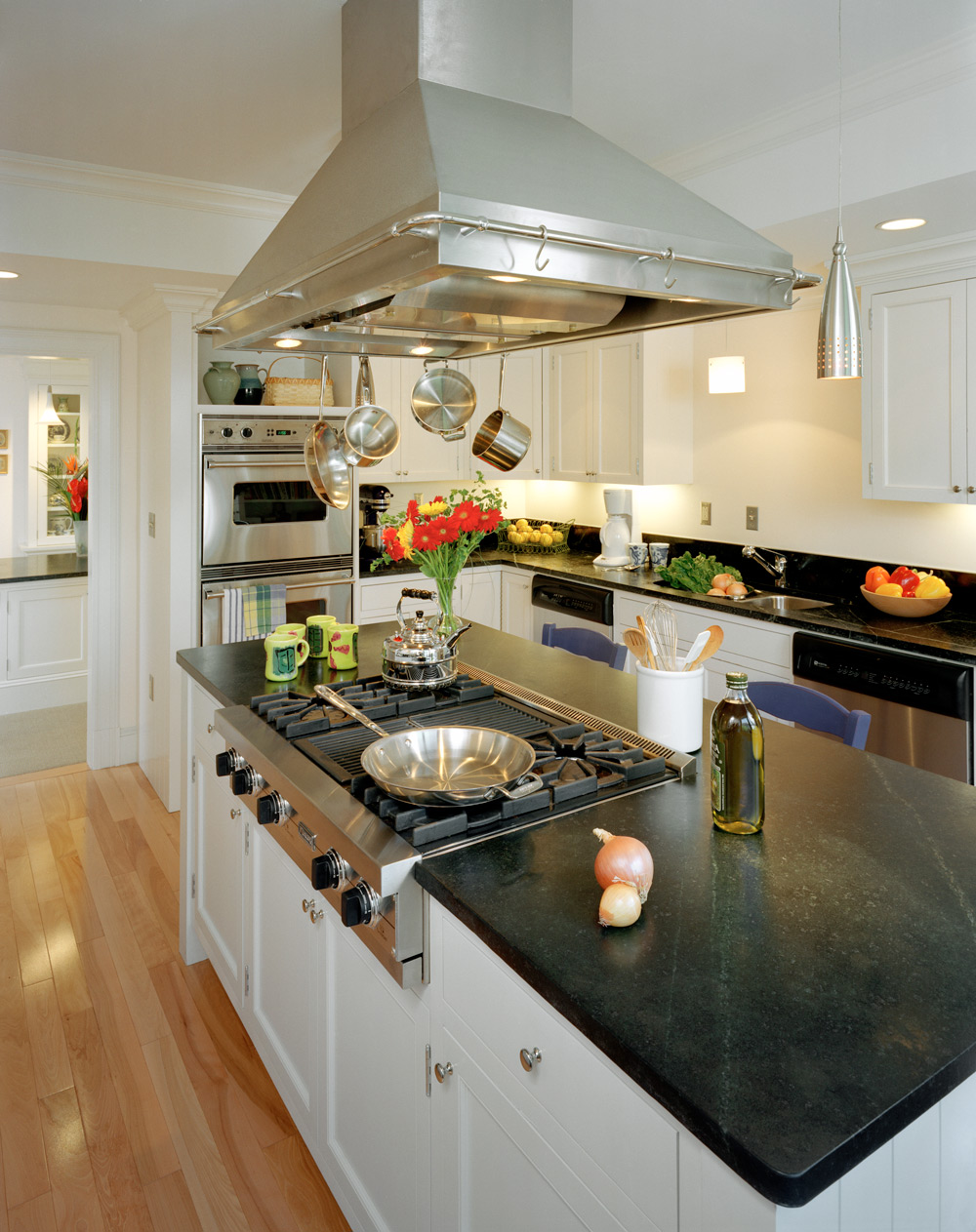 MIT-Ashdown-kitchen.jpg