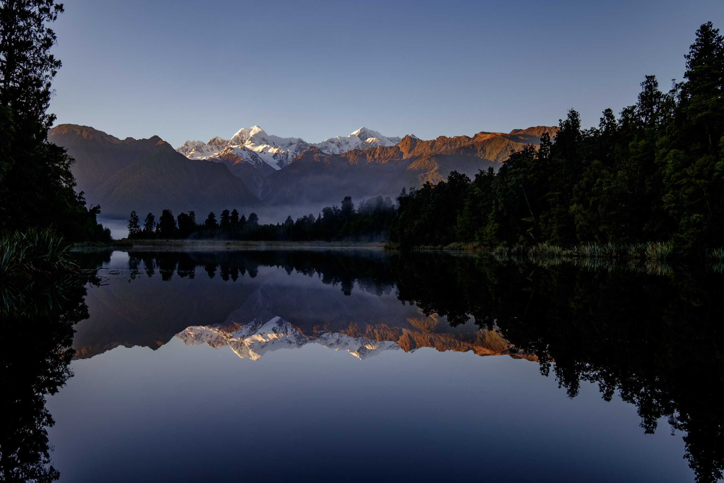 Glaciers on Lake Matheson - 24mm, F8, 1/70s