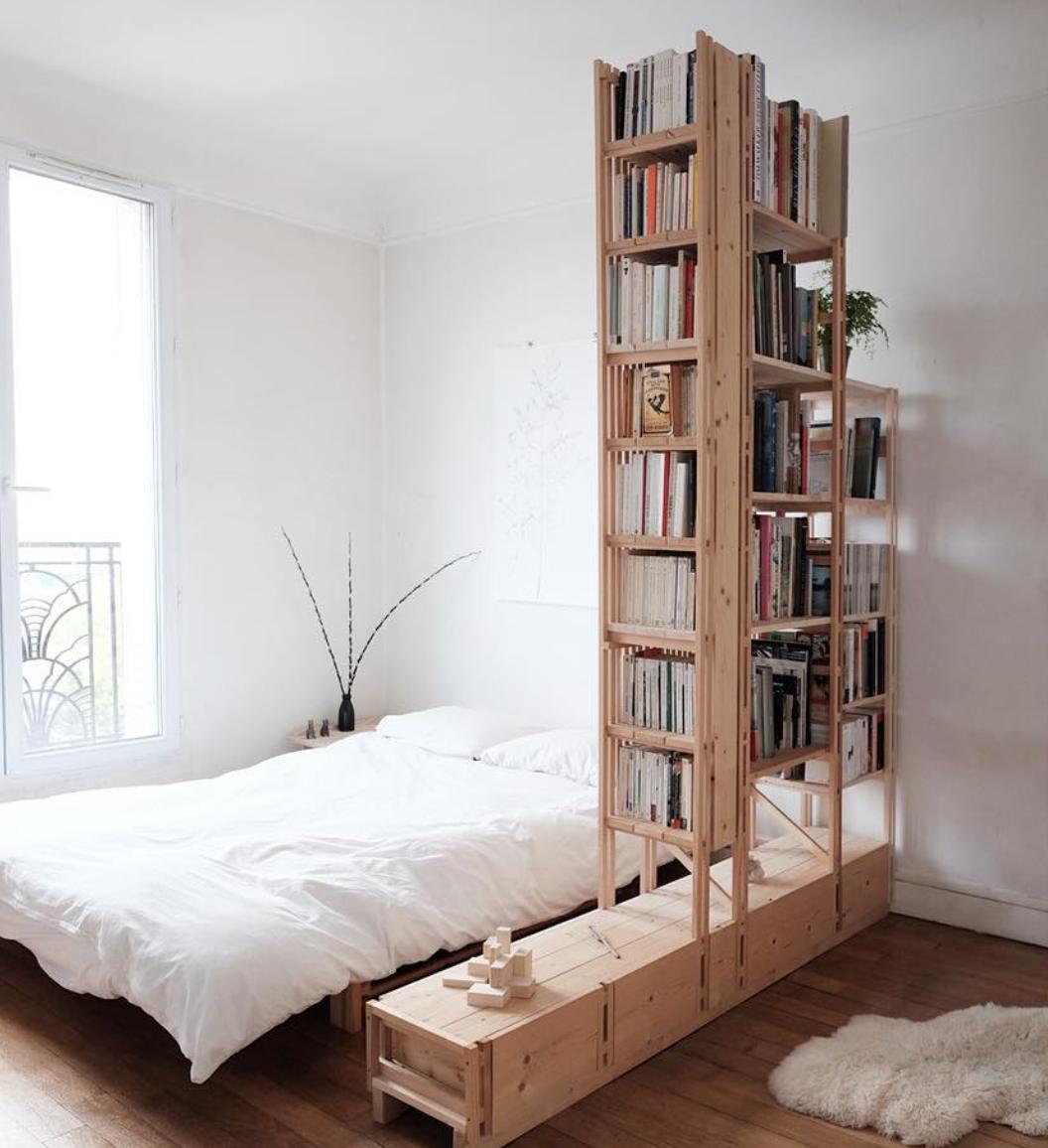 wall of books @serazof