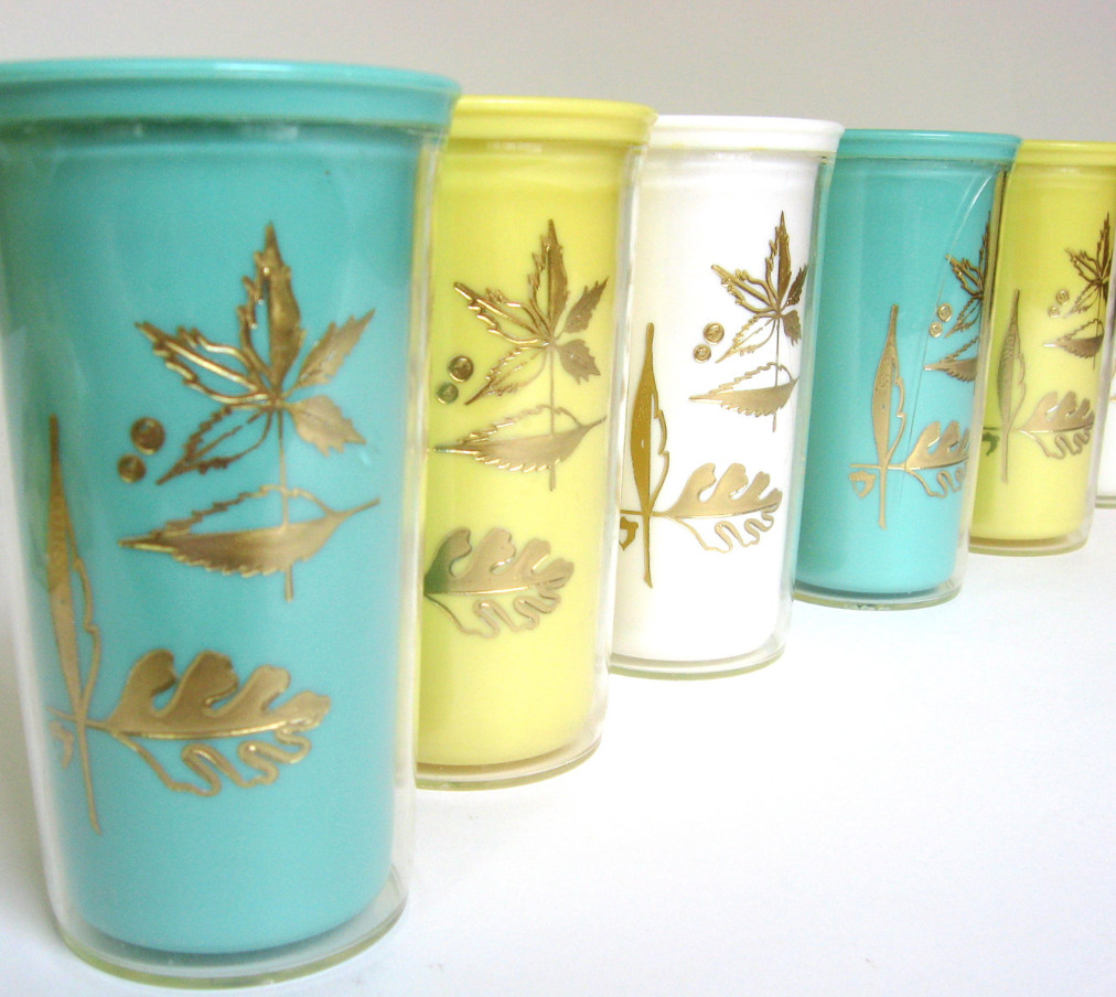 4. vintage plastic cups increase the relaxation vibe