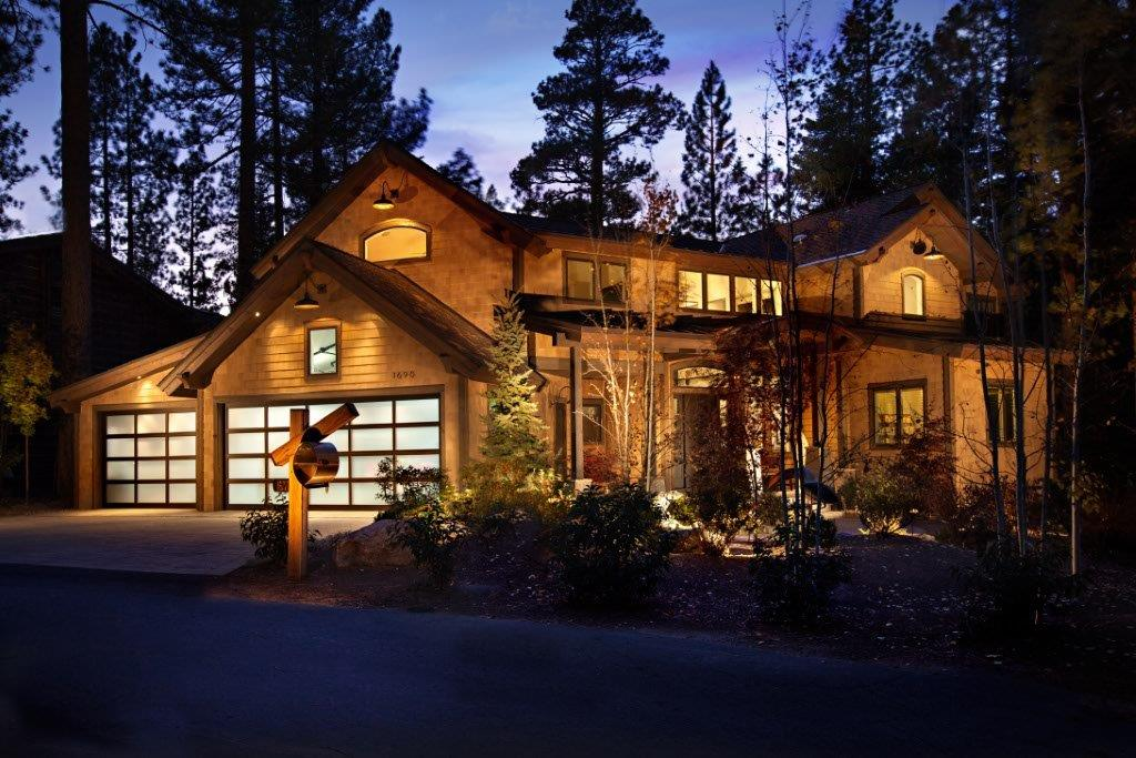Tahoe exterior by greenwood homes photographer.JPG
