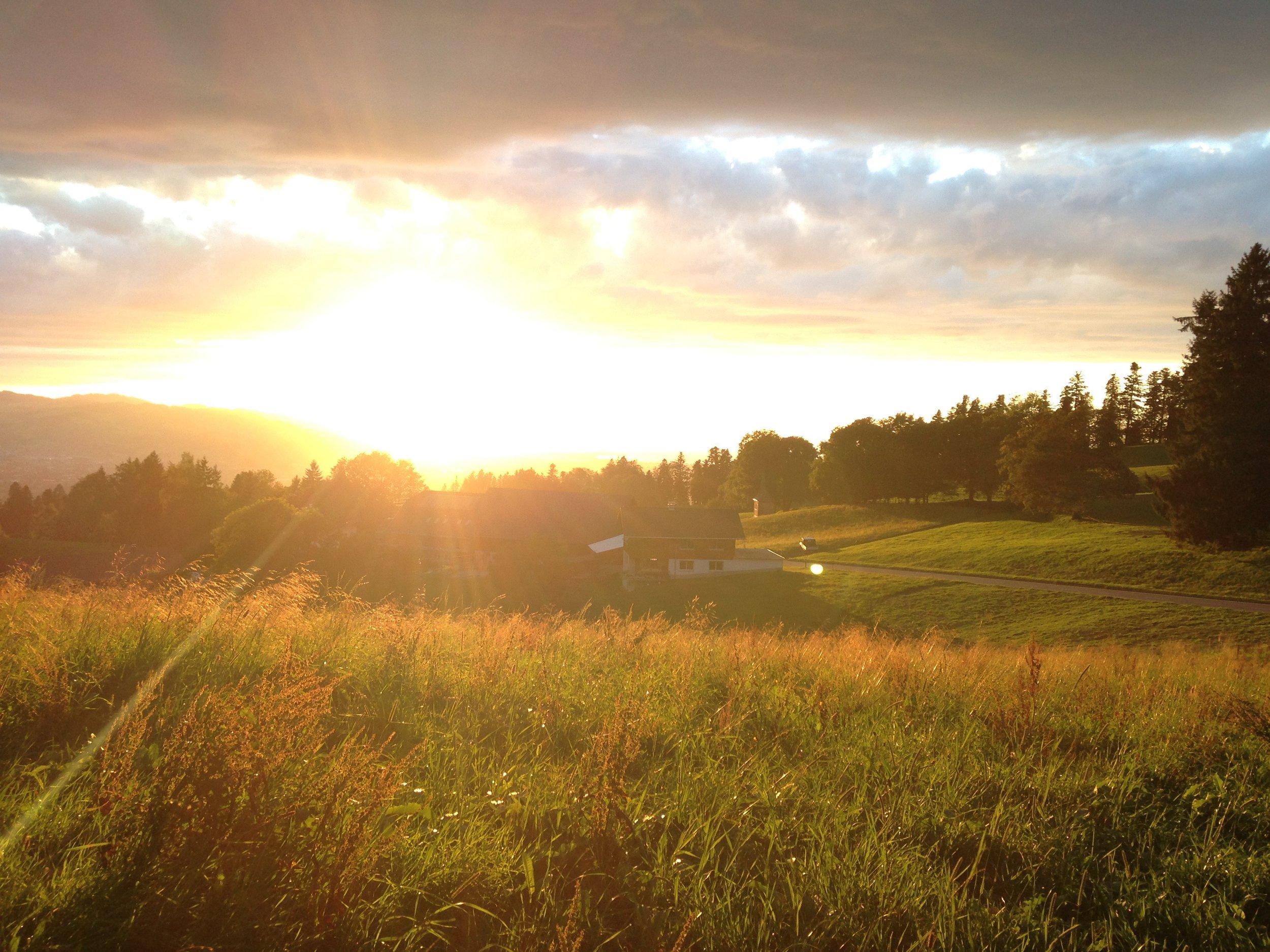 Sunset Boedele.jpg