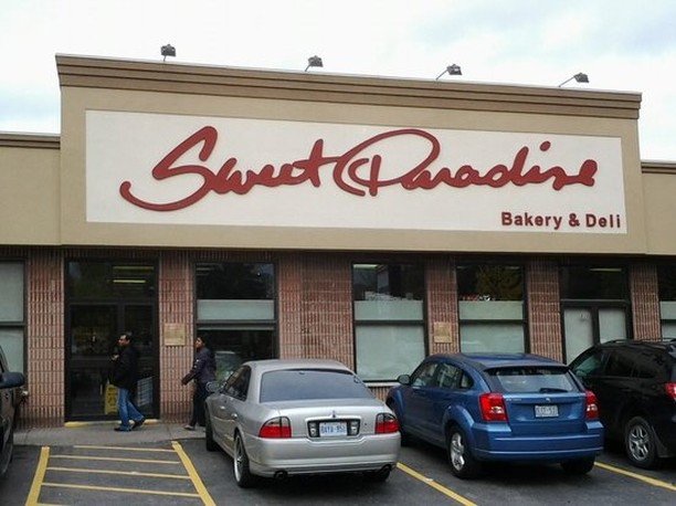 Since 1986 @sweetparadisebakery has brought the finest in quality baking, delicatessen meats and cheeses to #HamOnt & Waterdown! We can't wait to try their tasty creation at this years #LakesideALaCarte event Get tickets    link in bio