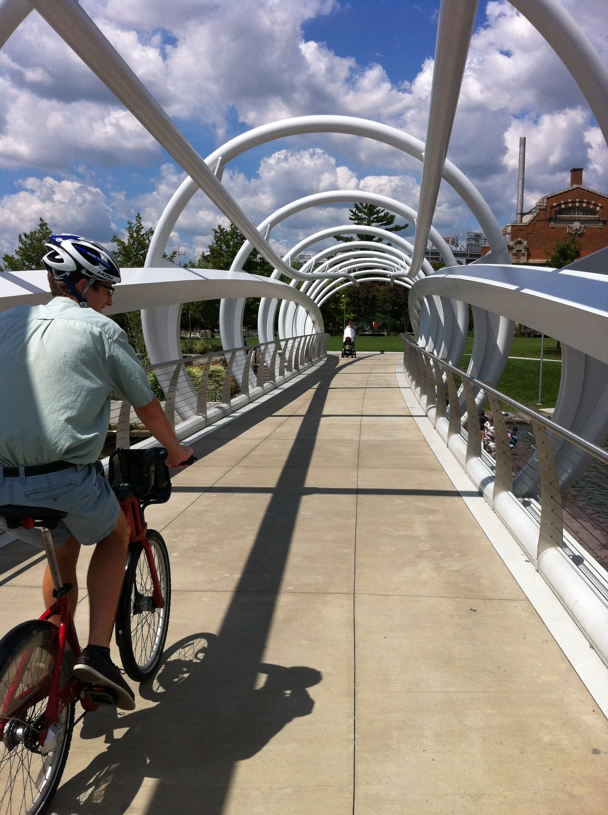 The tunnel bridge at Yards Park on the Anacostia River waterfront