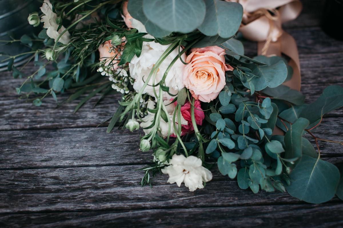 IndyNico_WindriftHall_Coxsackie_NewYork_Wedding_JennMorse51.jpg