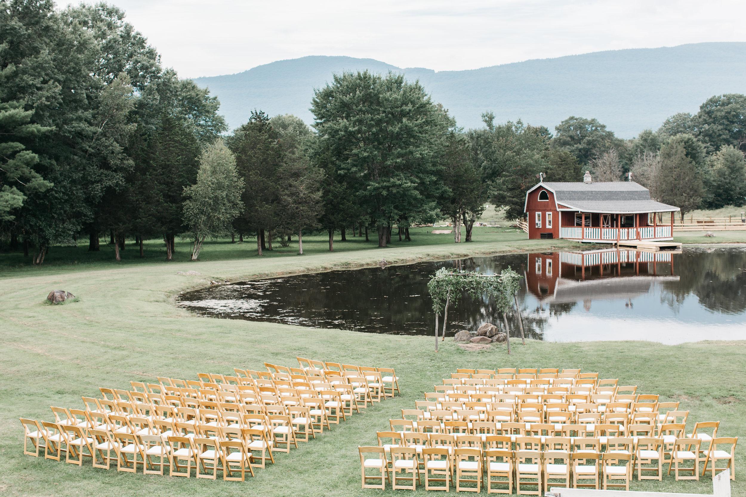 HannahAmos_TheKaaterskill_Catskill_NewYork_Wedding_JennMorse4.jpg