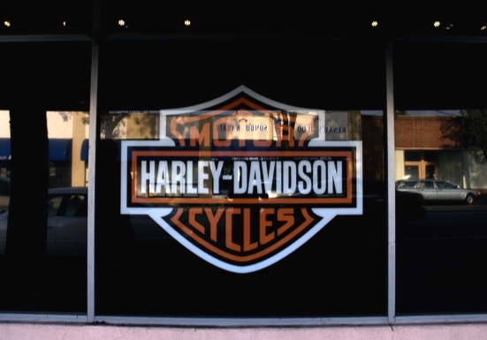 Harley-davidson - material used - GF clear vinyl with 3m Ij39 white vinyl as a laminate - a custom die cut graphic - reverse print for a second surface installation