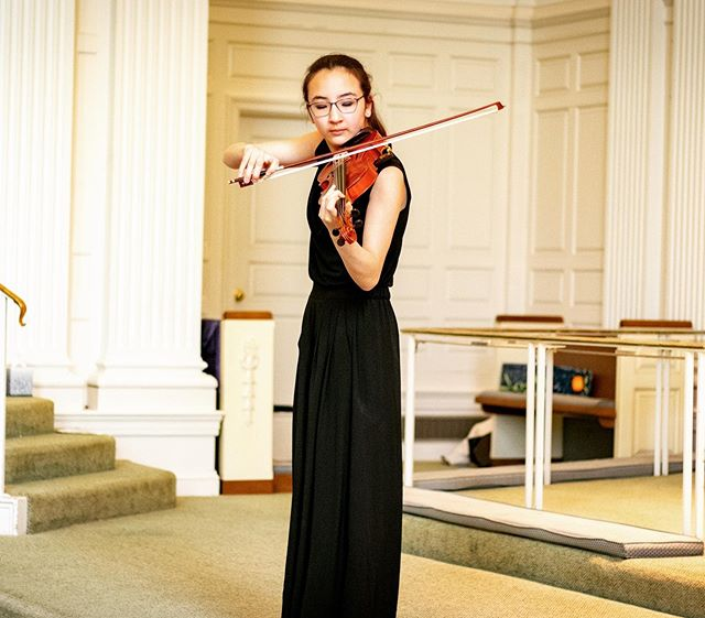 One of our favorite things about recitals is seeing performances from all ages of kids. From the youngest pretwinkler to our oldest student, all share the same love of playing #suzukimethod #suzukiviolin #viola #cello #music #ridgefieldct