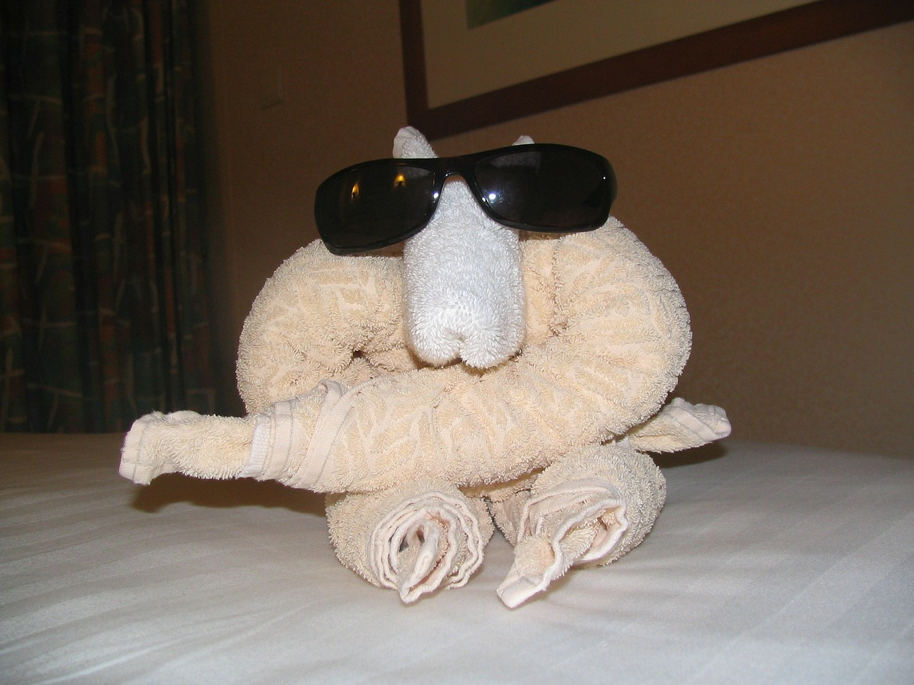 towel-animal-183211_1280.jpg