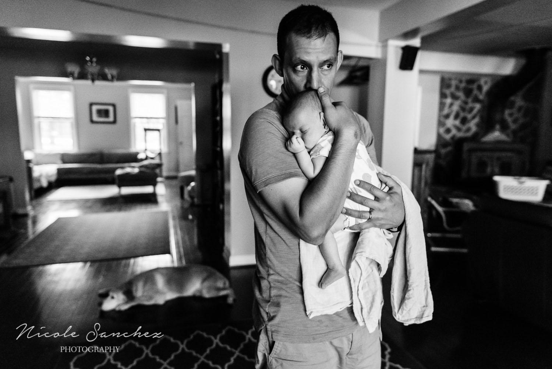 Documenting-Newborn-Moments-Northern-Virginia-Family-Photographer-4.jpg