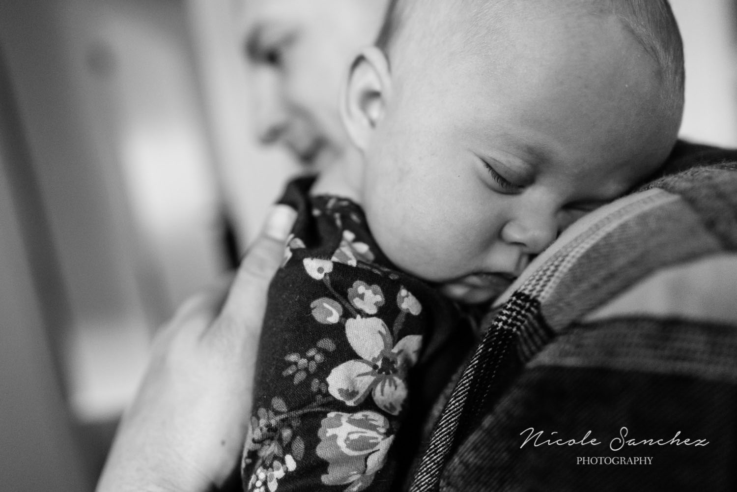 In-home-family-photography-session-nicole-sanchez-northern-virginia-documentary-photographer-12.jpg