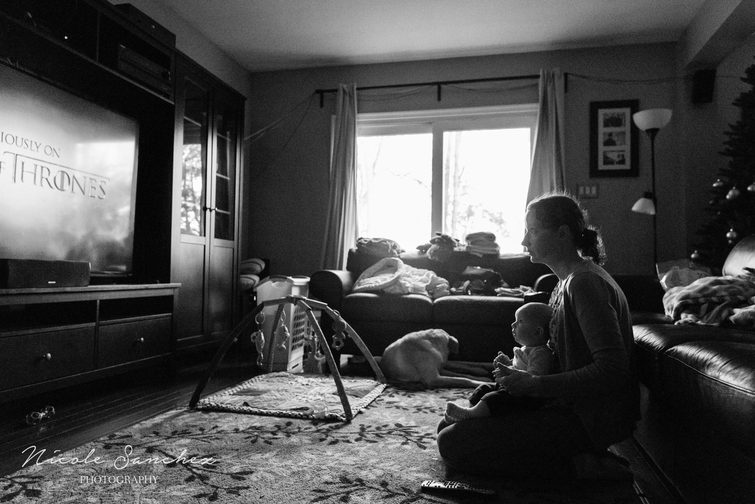 Around-Our-Clocks-Documentary-Blog-Circle-December-nicole-sanchez-northern-virginia-family-photographer-2.jpg