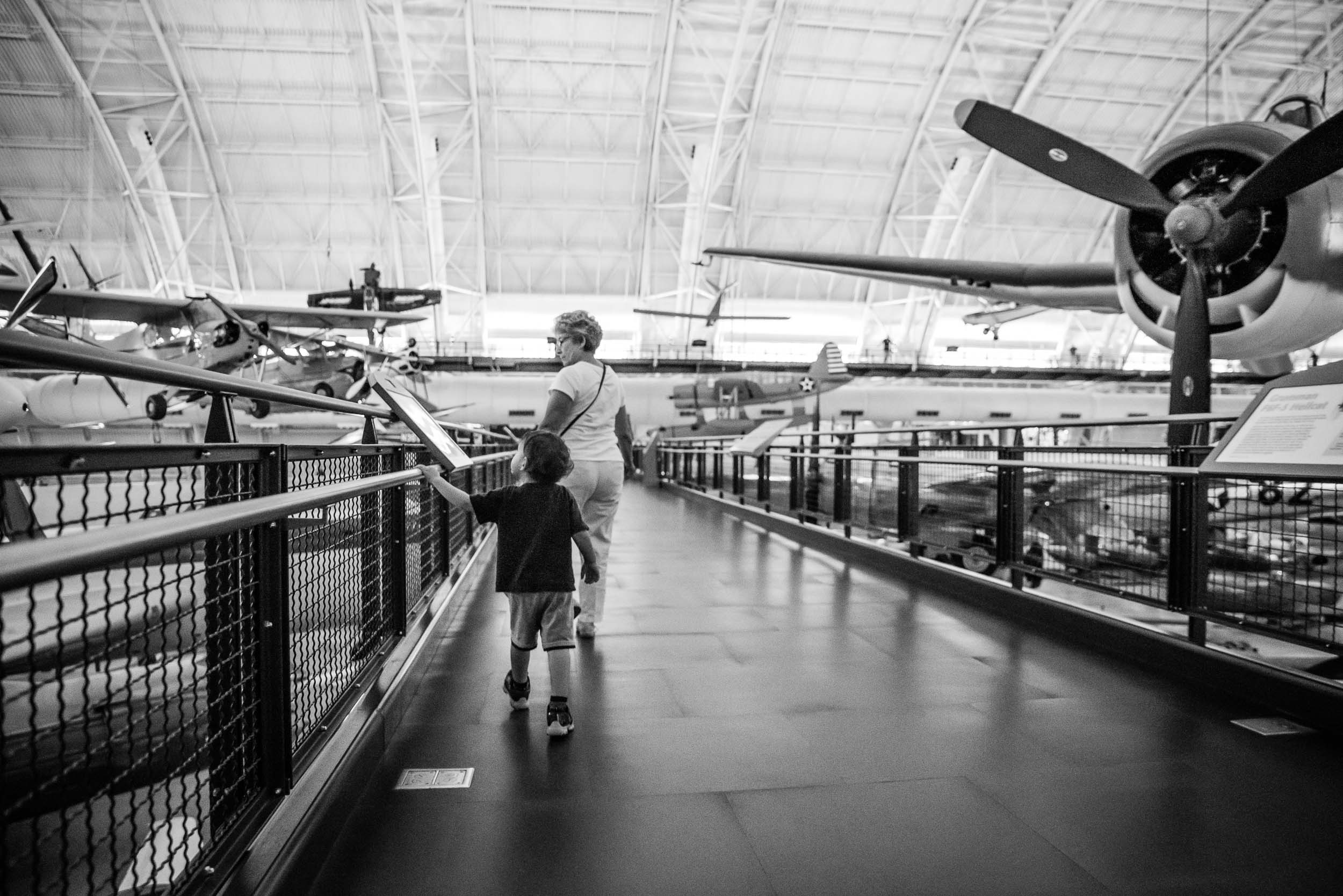 Udvar-Hazy-Air-Space-Virginia-Family-Photographer-Nicole-Sanchez3.jpg