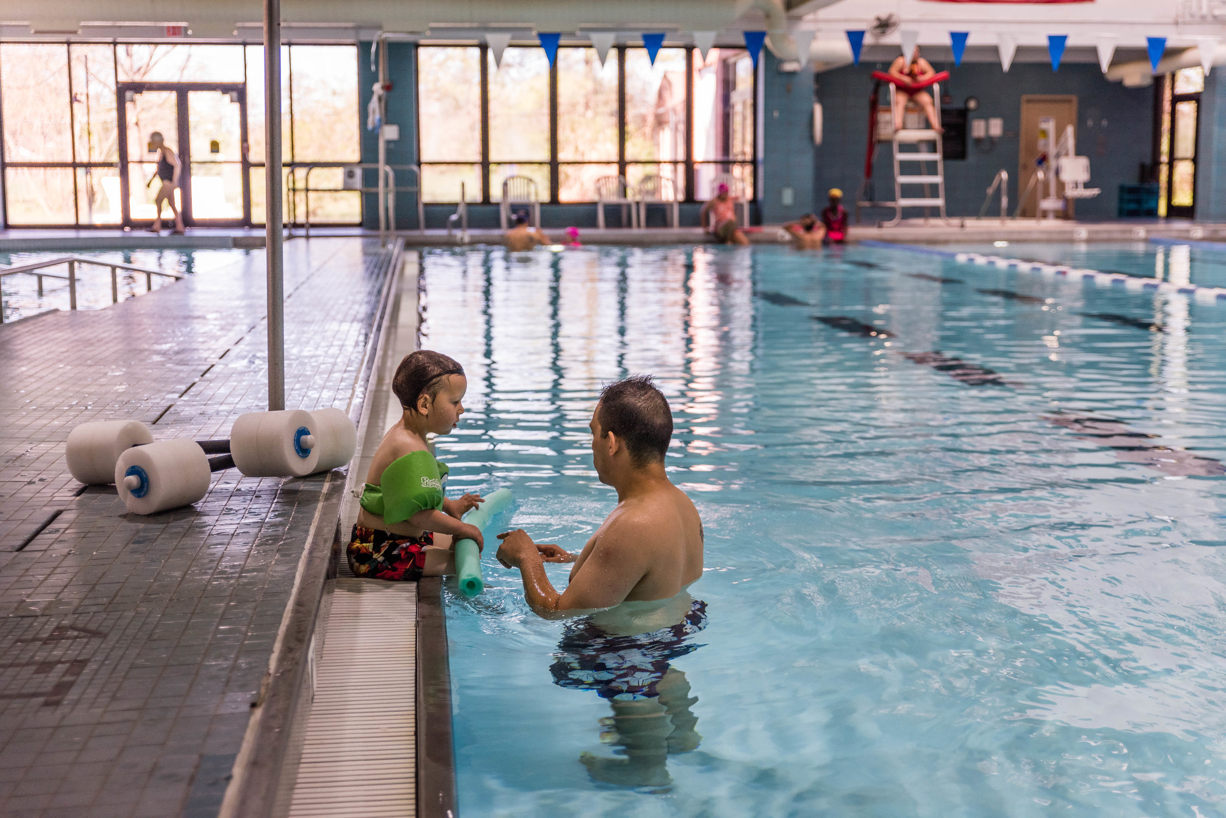 Swimming at Fairfax County RECenter by Northern Virginia Family Photographer Nicole Sanchez
