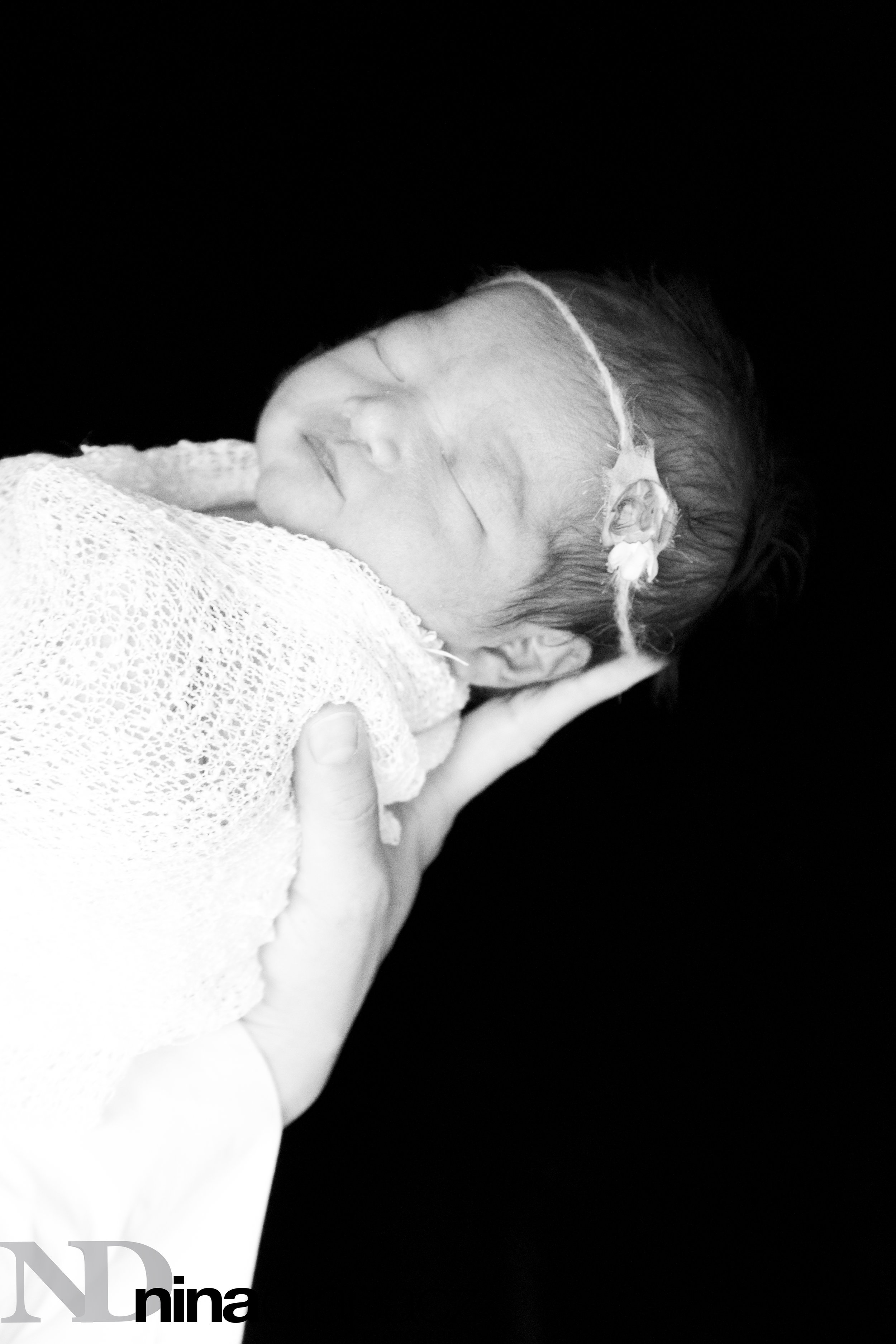 newborngirl.jpg
