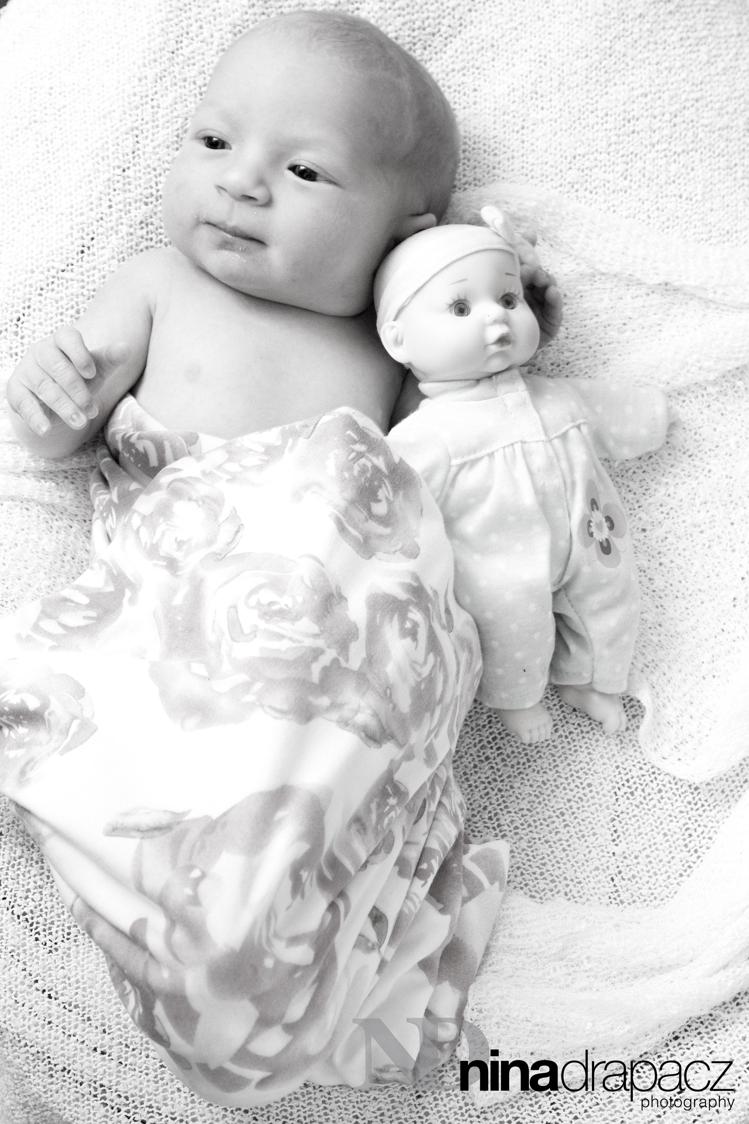 newbornwithdoll.jpg
