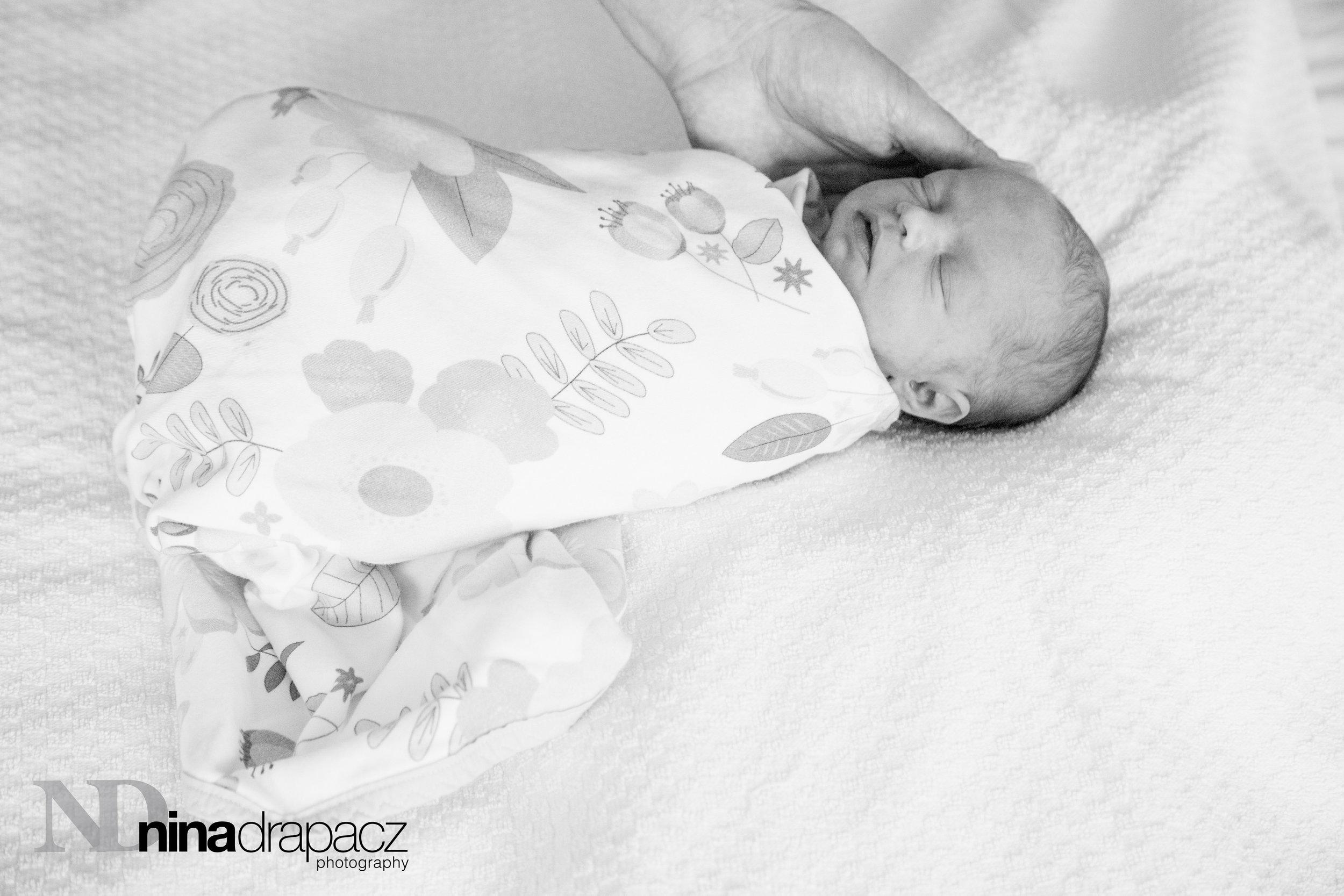 newborngirl7.jpg
