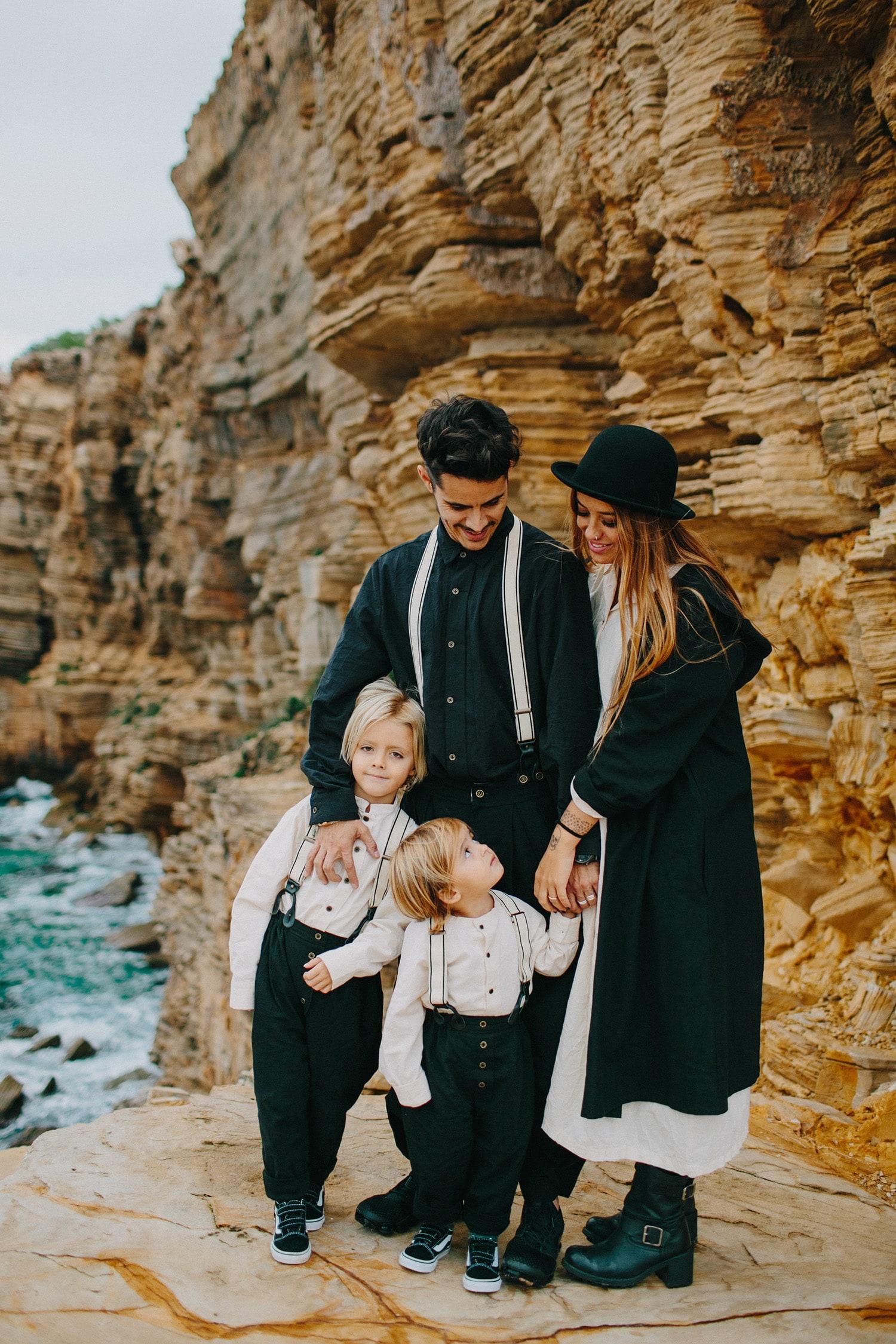paulagfurio_family_portraits_ibiza_02.jpg