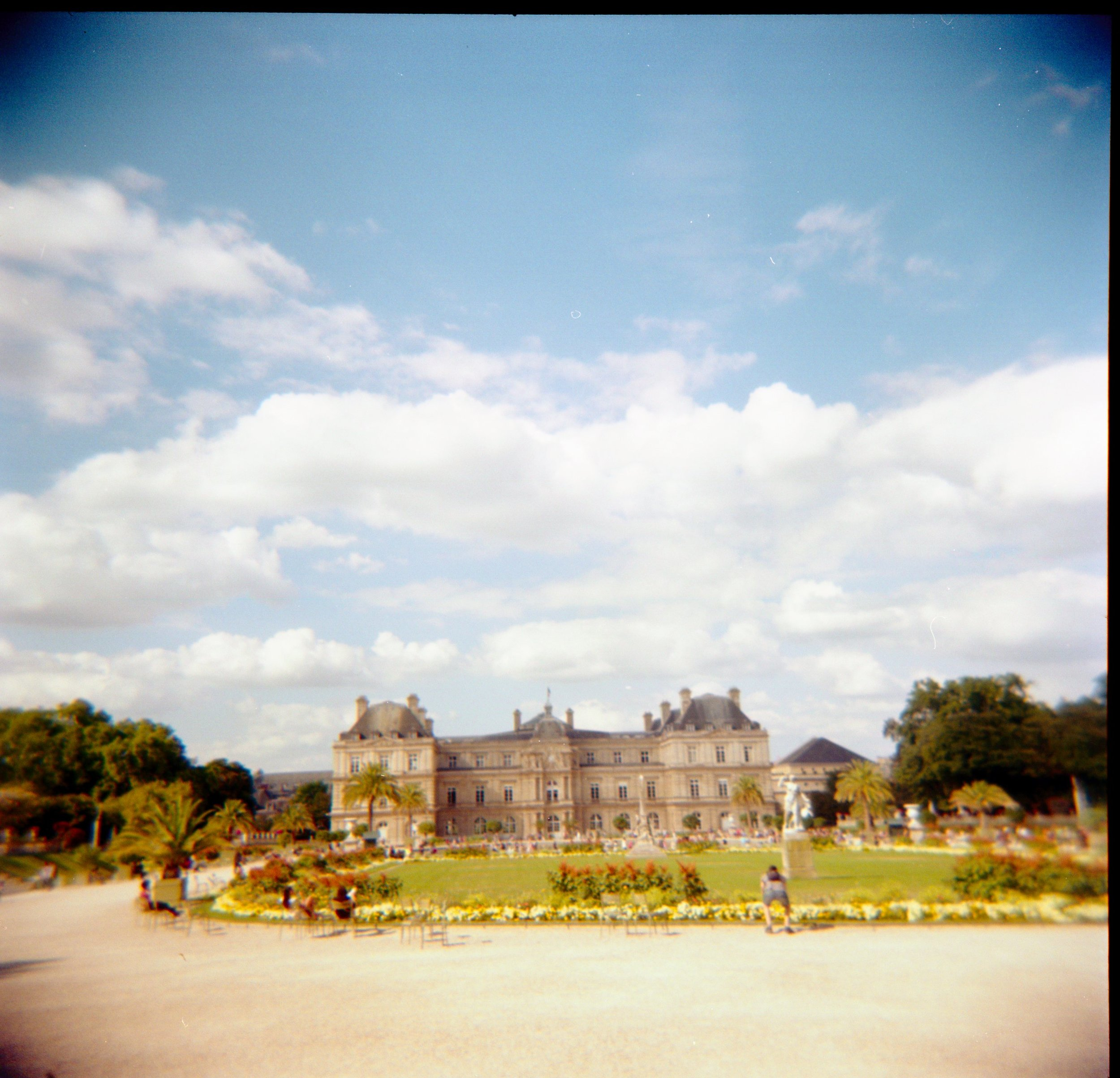 film photo of jardin luxembourg