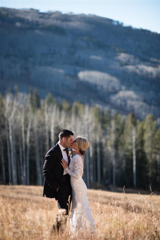 colorado wedding beaver creek bridal portrait colorado wedding planner.jpg