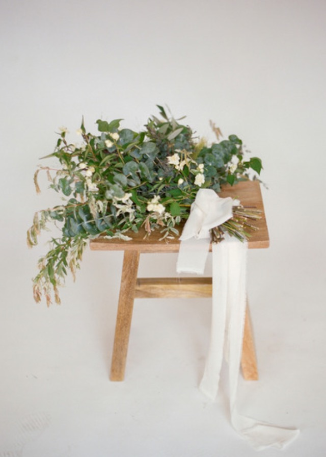 greenery bouquet minimalist banks & leaf.jpeg