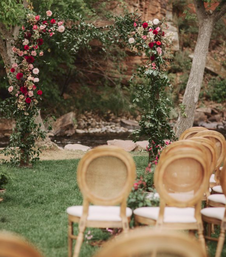 Classy Meets Casual Colorado Wedding at Planet Bluegrass - If you've wondered where the dreamiest outdoor wedding location in the U.S. is…