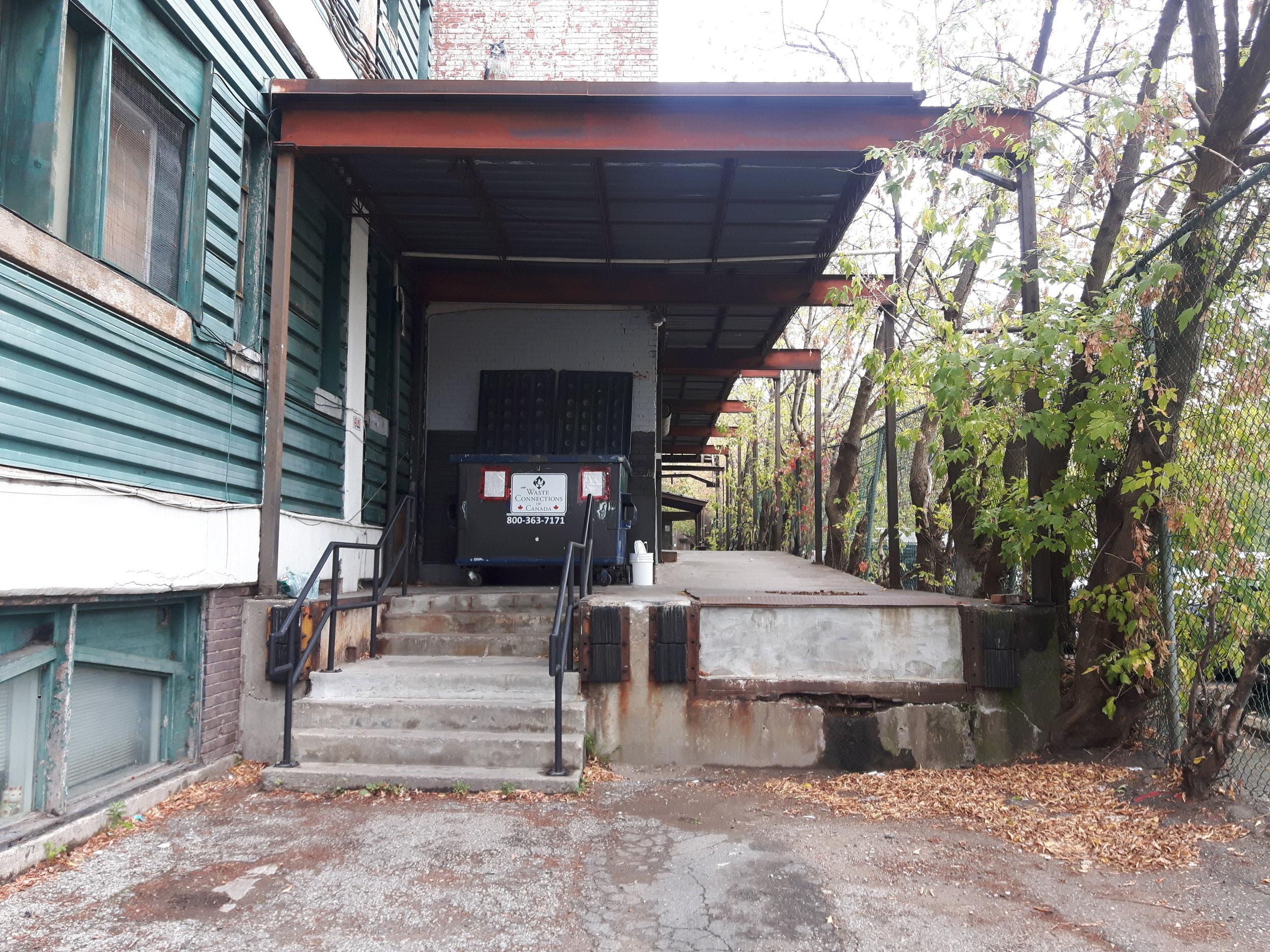 steps to east side entrance