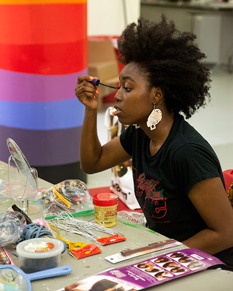 Documentation of VIBE Arts workshop led by Igho Diana at Art Starts. Photo: Raven Lam.