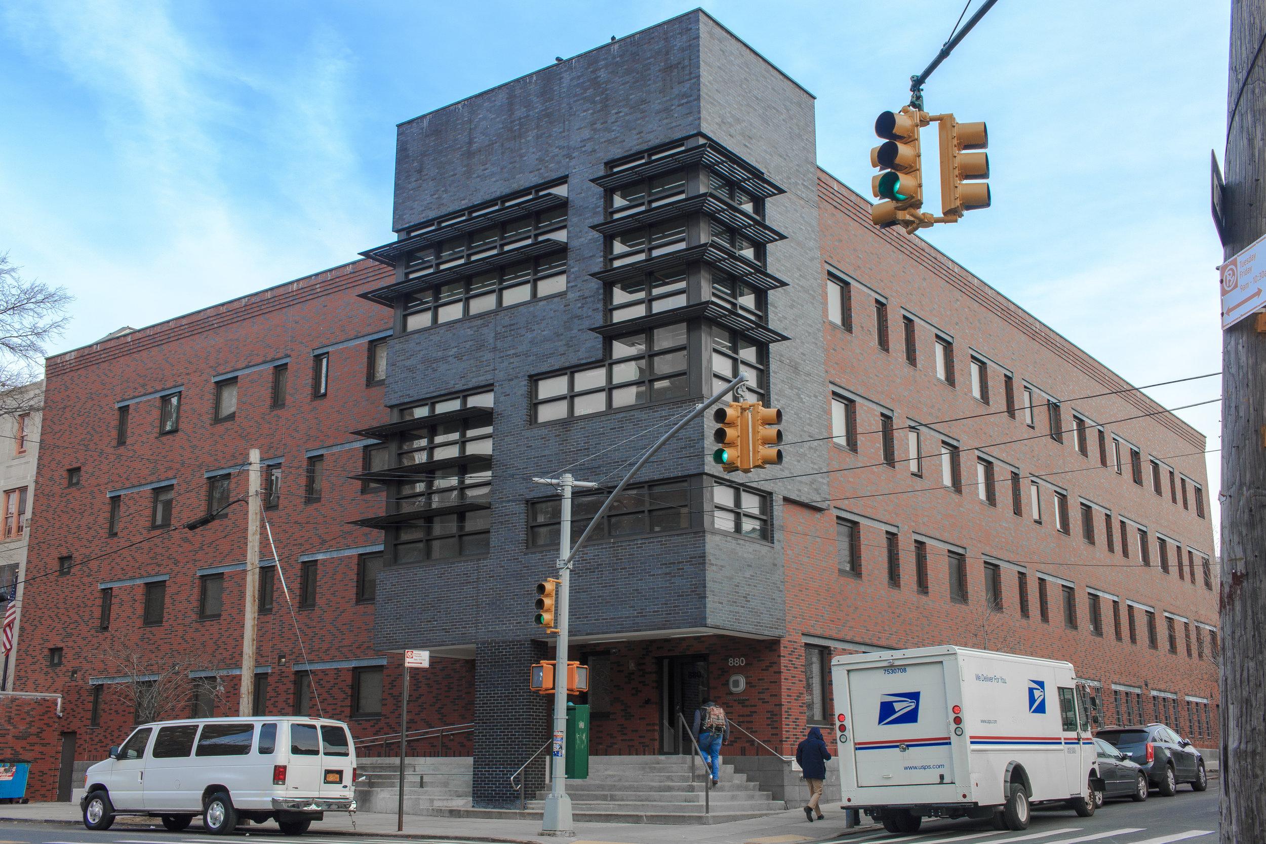 Morrisania Building.jpg