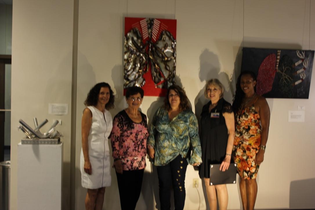 Anabel Rub Peicher, Rachel Rub, Diana Pappas, Judith Schwab and Lisa Foster. (artists).